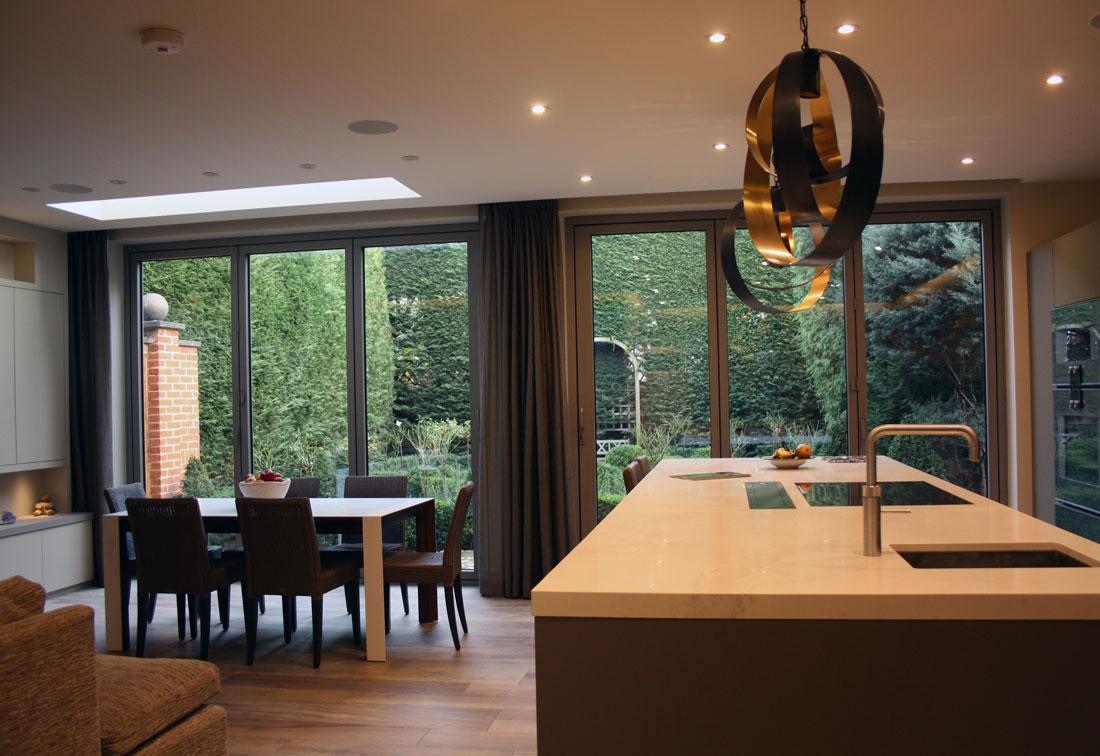 Modern kitchen / diner in Richmond